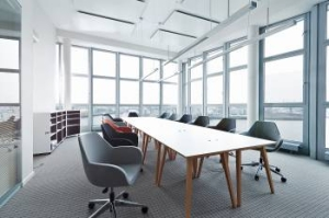 CS Business Center GmbH (meeting rooms, but no accommodation)
