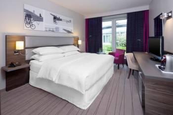 Sheraton Düsseldorf Airport Hotel
