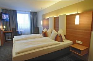 WE Tagungszentrum (Hotel Cristal München/Hotel Dolomit München)