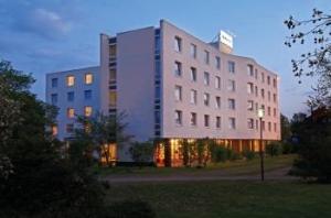 H+ Hotel Solingen City Centre B&B